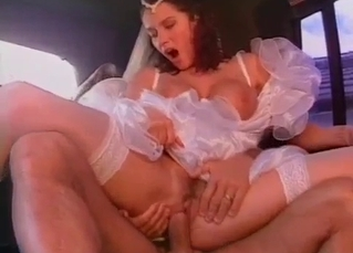 Sister bride gives a head in the limousine